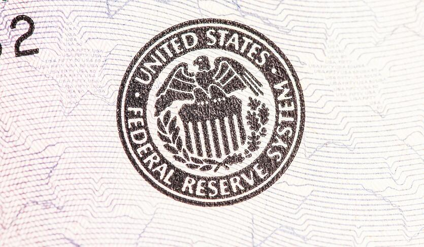 federal-reserve-seal-picture-id639804012