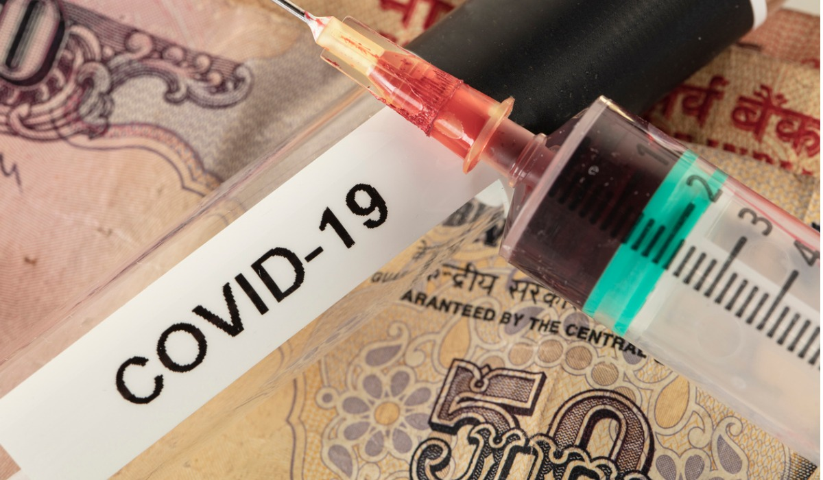 La vacuna para prevenir el Covid-19 es crucial para las economías.